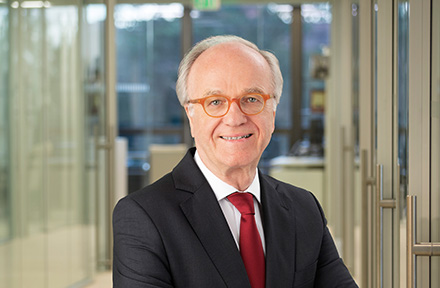 Prof. Dr. Bernd Fahrholz